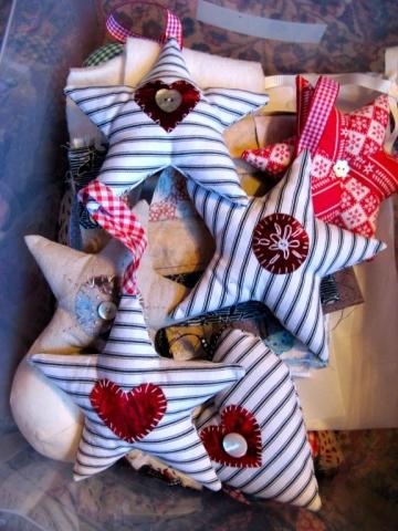 Ticking Christmas stars decorations